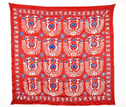 A Piece-of-Art Uzbek Suzani. Silk-on-Silk, Handmade. A Table clothe, Bedspread, Wall hanging
