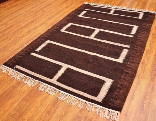 Decorative Hand Made Turkish Kilim Rug.