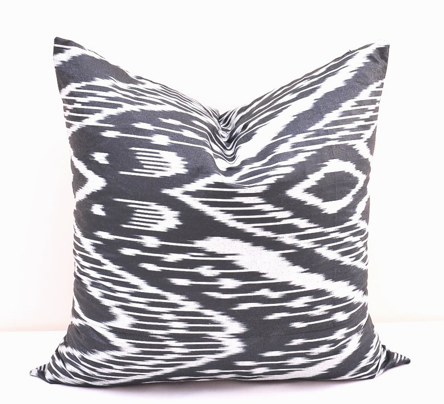 Black Decorative Pillow Cases : PILLOW Black Throw Pillow Case - Alesouk Grand Bazaar online shopping