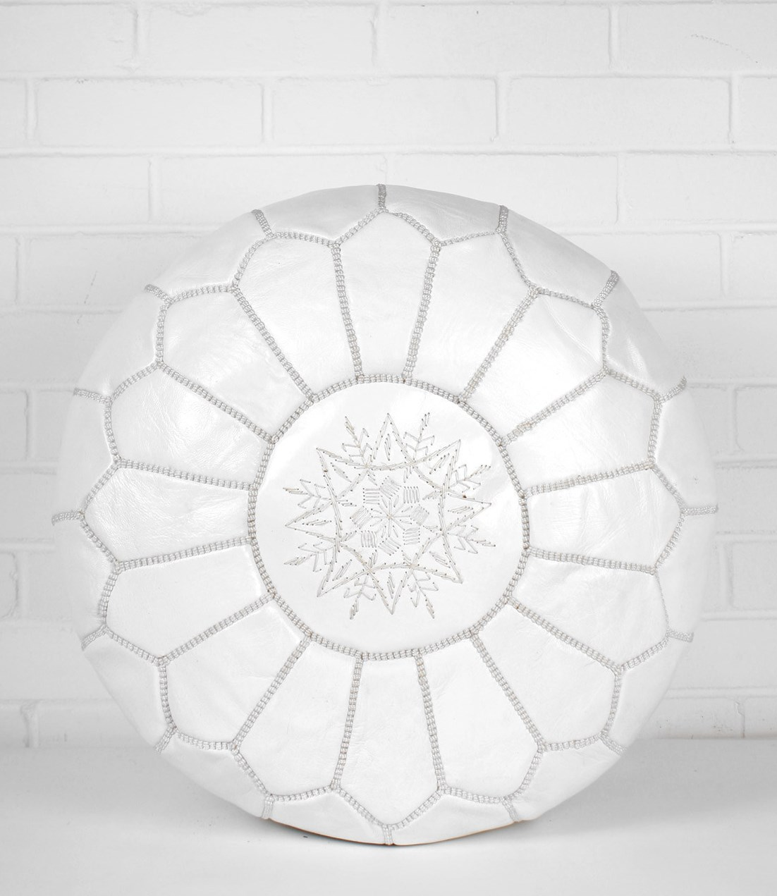 free shipping 189b0 f6d01 White Moroccan Leather Pouf