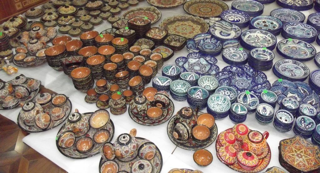 Uzbek national ceramic dishes