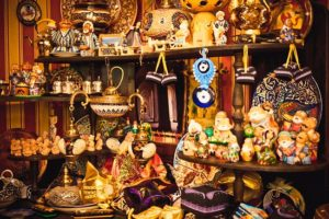 The most popular souvenirs of Uzbekistan