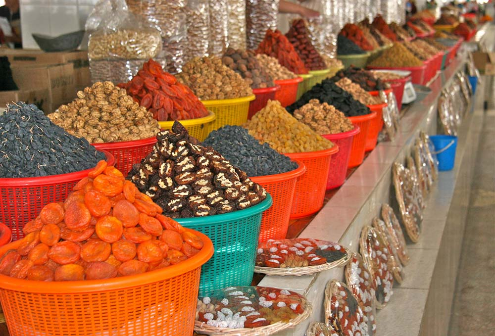 Oriental dried fruits