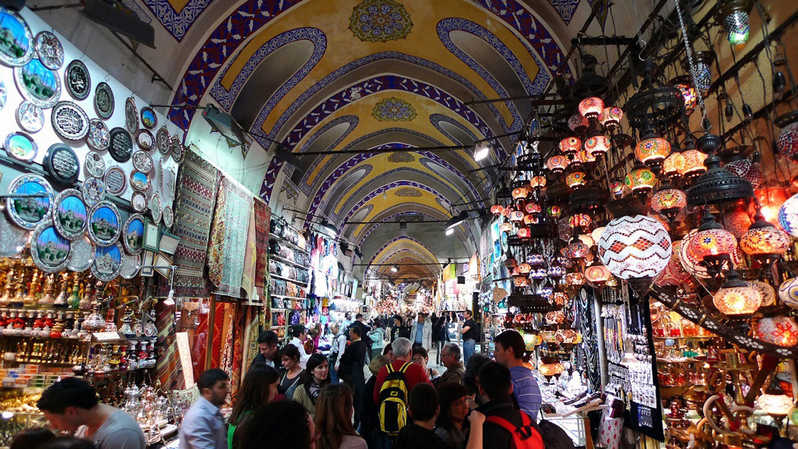 One of the largest bazaars in the world - Kapalı Çarşı in Istanbul